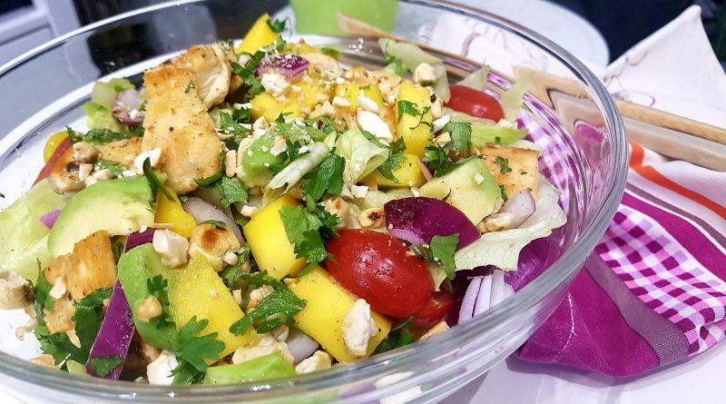 Ensalada de mango y pollo RIQUÍSIMA